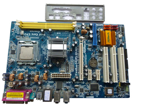 Mainboard ASROCK ConRoe945PL-GLAN + CPU 2X 1.8GHz
